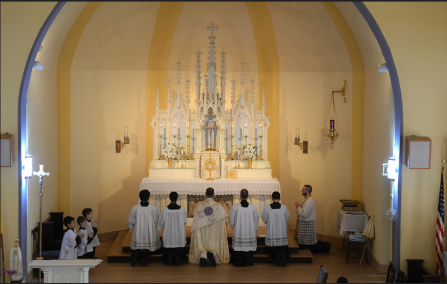 Adoration of the Blessed Sacrament by the parishes of Holy Rosary and Saint Joseph in Tacoma, Corpus Christi 2016 (photo by Emily Gossard)